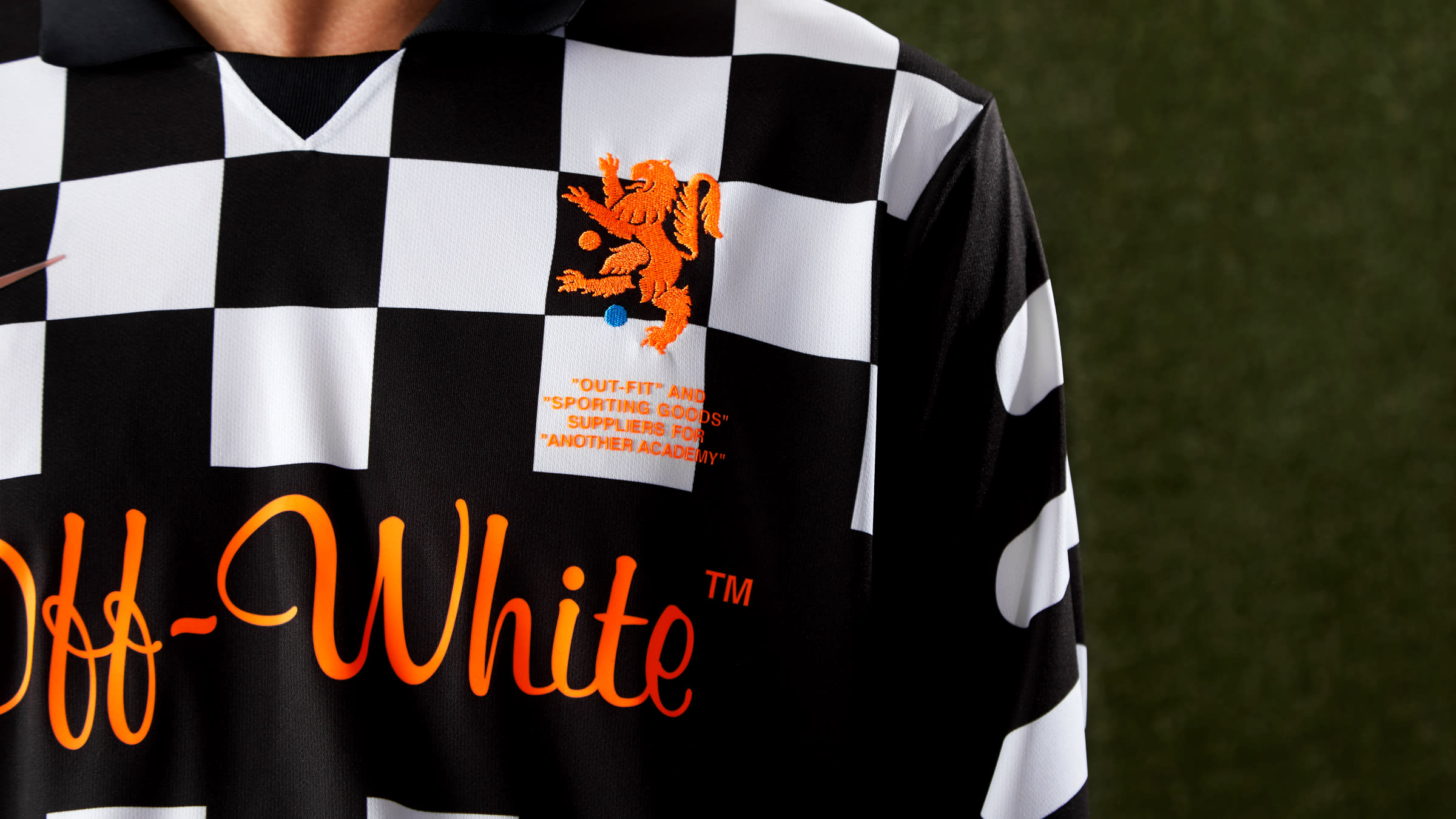 4af05d97 Nike Off White T Shirt Black   Saddha