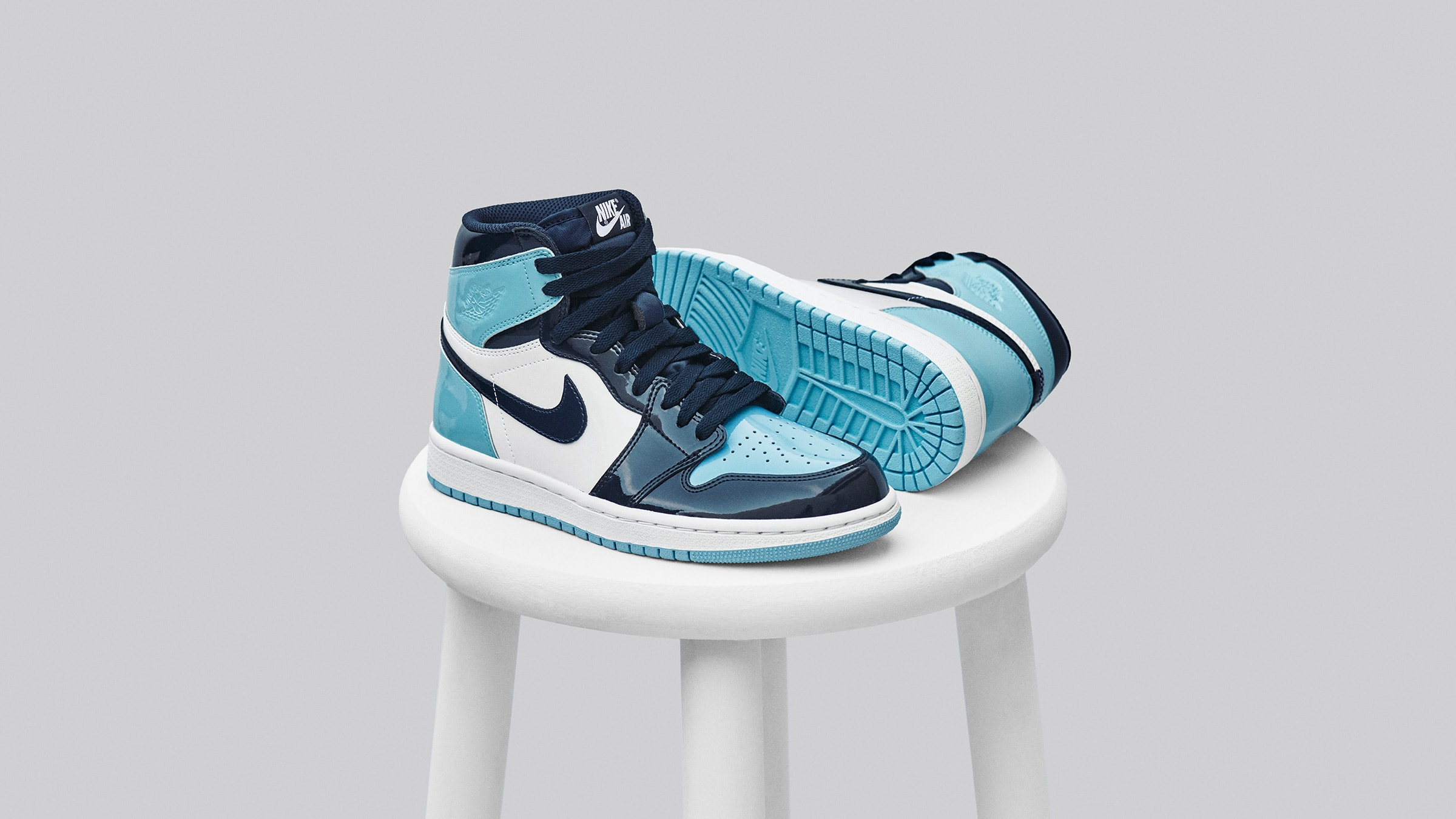 Air Jordan 1 Retro High Og W Obsidian Blue Chill White