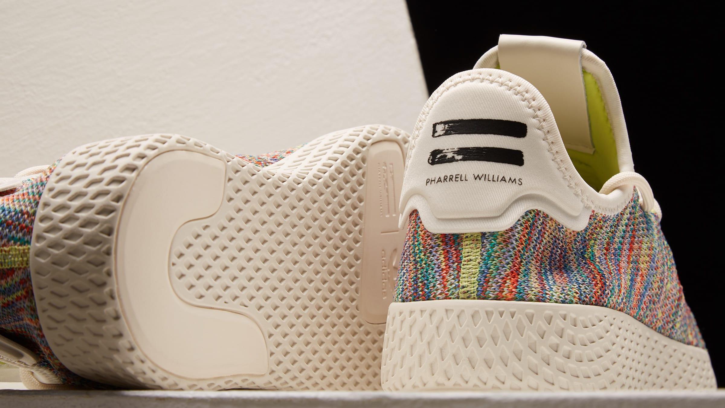 85dab00899049 Adidas x Pharrell Williams Tennis HU PK (Green