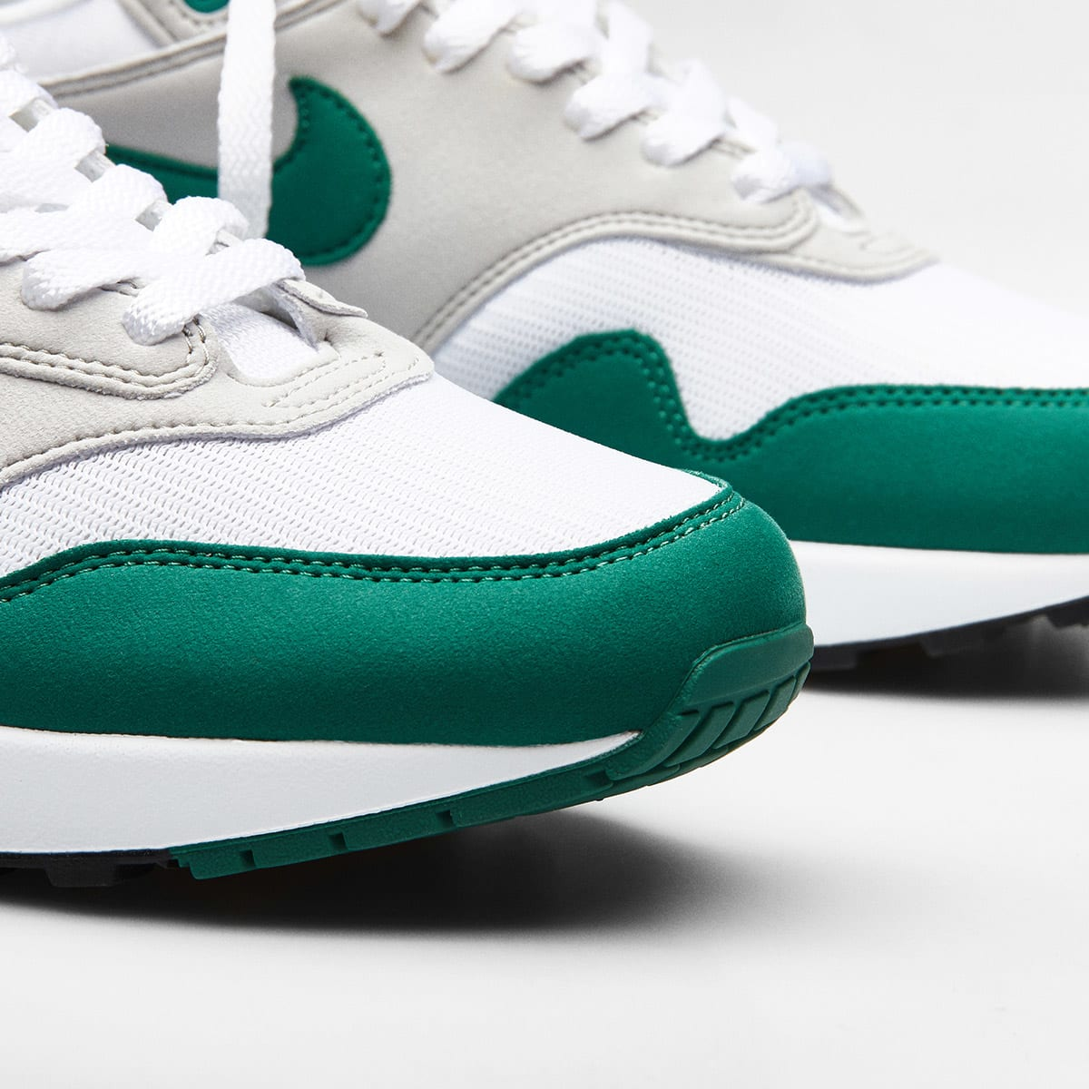 Nike Air Max 1 White Evergreen Grey